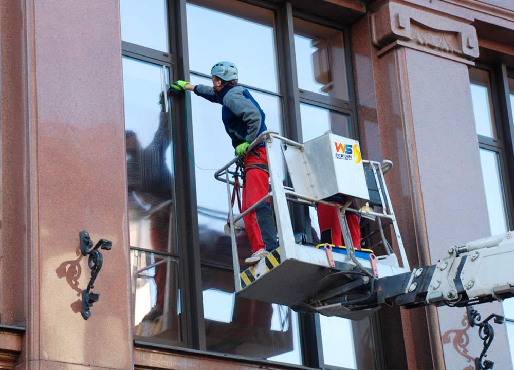 Mantenimiento y lavado de fachadas